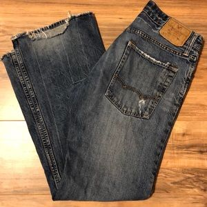 American Eagle Low Rise Boot Cut Jeans 31/30